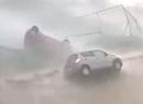 Auto na wietrze